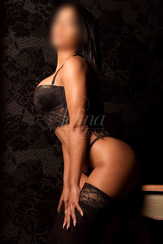 High-class prostitute in black garters with big breasts in Barcelona, Katherine